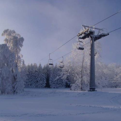 Skiing 06